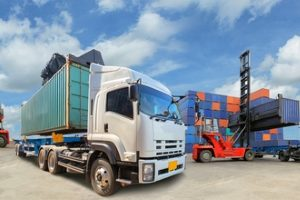 Ladungssicherung: Die Verantwortung teilen sich Verlader, Fahrer, Frachtführer sowie Fahrzeughalter.