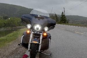 Ein LED-Tagfahrlicht am Motorrad ist erlaubt.