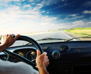 Die Lenkeinrichtung von Fahrzeugen muss eine sichere Lenkung gewährleisten.