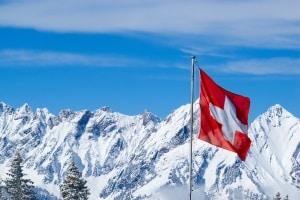 In der Schweiz beträgt die Mindestgeschwindigkeit auf der Autobahn 80 km/h.