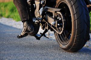 Motorrad: An den Führerschein kommen Sie über verschiedene Wege.