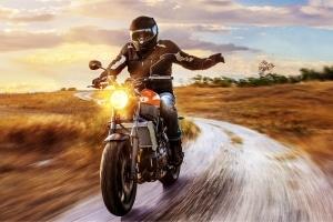 Für Motorräder gilt keine Winterreifenpflicht.