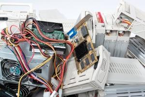 Durch die Ökodesign-Richtlinie soll auch unötiger Elektroschrott vermieden werden.