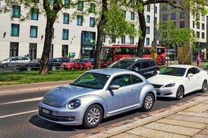 Wer sich nicht an ein bestehendes Parkverbot hält, muss mit Sanktionen rechnen.