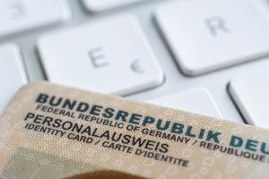Um Ihren Punktestand im Punkteregister abzufragen, müssen Sie Ihren Personalausweis bereithalten.