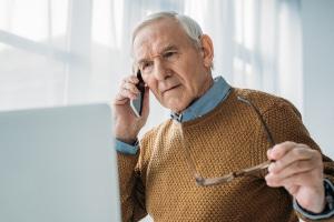 Wo können Sie Ihren Führerschein abgeben, wenn Sie als Rentner auf das Autofahren verzichten möchten?