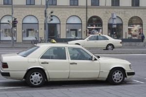 Mit Restalkohol sollten Sie am nächsten Morgen lieber auf ein Taxi umsteigen.