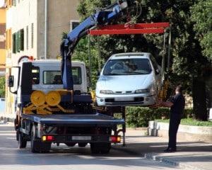 Profis schleppen ein Auto in der Regel richtig ab