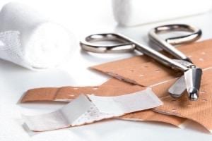 Je nach Schwere der Verletzung kann ein Schmerzensgeld beim Beckenbruch begründet sein.
