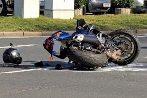 Wann können Sie Schmerzensgeld nach einem Motorradunfall geltend machen?