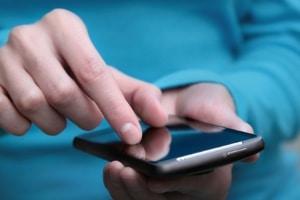 Smartphones sind in der Schweiz als Radarwarner verboten.