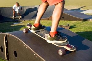 Zu alt um mit dem Skateboard zu fahren? Fürs Lernen mit 40 oder 30 Jahren ist es noch nicht zu spät.