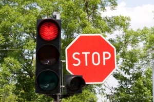 Hohe Strafe: Eine rote Ampel zu überfahren ist kein Kavaliersdelikt.