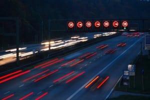 Paragraph 2 StVO enthält Regeln zu Straßenbnutzung durch Fahrzeuge