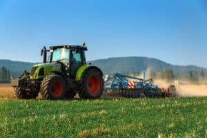 Traktorunfälle sind zwar eher selten, enden aber häufig tödlich.