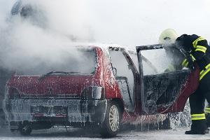Vor allem Brände, die im Tunnel nach einem Unfall entstehen, können gefährlich werden.