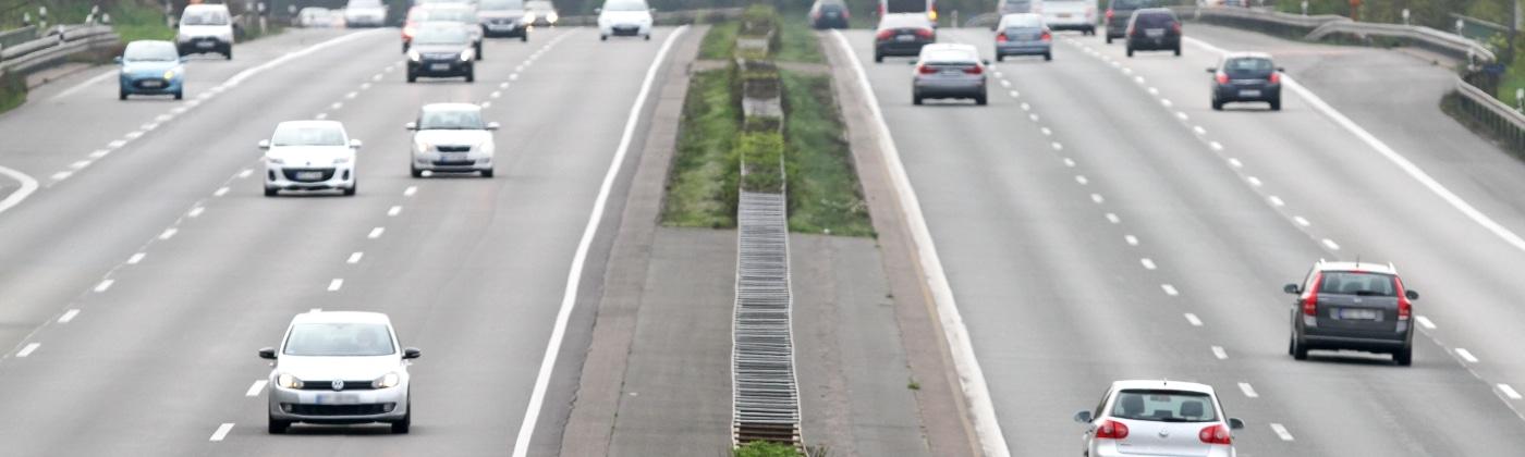 Wie kommt es zu einem Unfall auf der Autobahn?