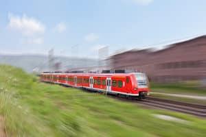 Ein tödlicher Unfall mit einem Zug lässt sich in vielen Fällen vermeiden.
