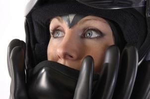 Unfall: Ohne Helm ist der besonders empfindliche Nacken- und Kopfbereich stark gefährdet.