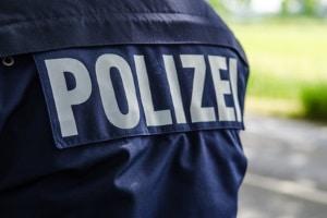 Bei Bagatellschäden können Sie oftmals direkt vor Ort den Unfallbericht der Polizei anfordern.