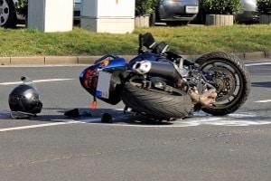 Unter anderem kann die Verkehrsopferhilfe bei Unfallflucht mit Personenschäden tätig werden.