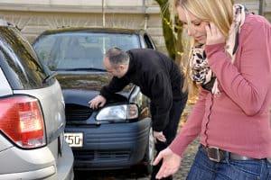 Laut Verkehrsrecht in Österreich muss die Polizei bei einem Unfall nicht zwangsweise gerufen werden.