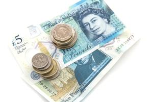 Verstöße gegen die Verkehrsregeln in England und Co. können hohe Bußgelder nach sich ziehen.