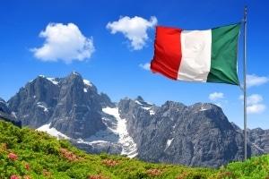 Urlauber, die mit dem Auto reisen, sollten diese Verkehrsregeln in Italien kennen.