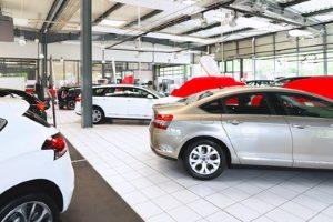 Was sieht das Verkehrsvertragsrecht bei einem Neuwagen vor?