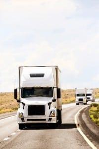Sowohl Halter als auch Fahrer haben die Verpflichtung, für sichere Leitung des Fahrzeugs zu sorgen.