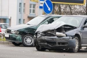 Wird die Vorfahrt missachtet, ist ein Unfall nicht selten die Folge.