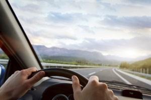 Vorläufige Entziehung der Fahrerlaubnis: Eine Anrechnung auf ein Fahrverbot über 1 bis 6 Monate ist möglich.