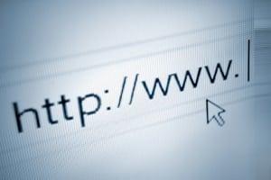 Wiedereinsetzung in den vorigen Stand beim Bußgeldbescheid: Muster aus dem Internet können helfen.