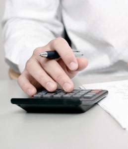 Auch bei der Wiederzulassung eines Kfz sind die Kosten kein Problem - nur niedrige Gebühren müssen bezahlt werden.