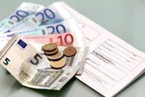 Vor dem Bußgeldbescheid schickt die Zentrale Bußgeldstelle in Speyer einen Anhörungsbogen.