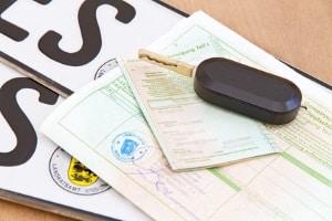 Zulässige Achslasten für Lkw finden Sie in der jeweiligen Zulassungsbescheinigung.