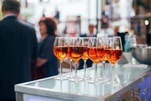 Übermäßiger Alkoholkonsum kann eine Zuverlässigkeit nach dem Waffengesetz ausschließen.